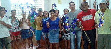 """População confecciona """"Flores de Passo"""" para Festa do Bom Jesus em Oeiras capa"""