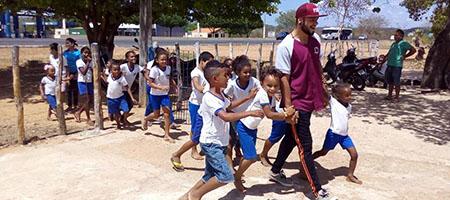 000 Crianças aprendem sobre o Hip Hop nas escolas de Oeiras 1